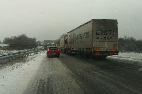 Camions bloqués à heuteur de Montauban-de-Bretagne