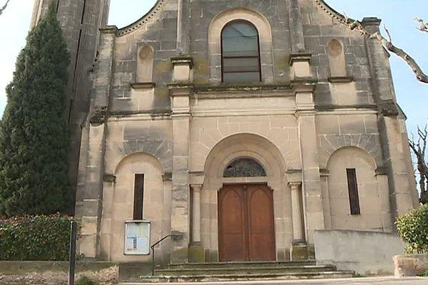 De l'extérieur, rien ne laisse deviner les dégradations subies de l'église Notre-Dame-des-Enfants à Nîmes.