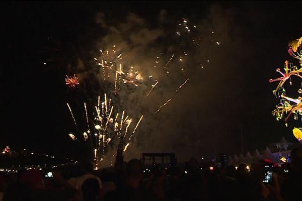 Le feu d'artifice de la fête du port a été le premier feu d'artifice tiré à Nice depuis l'attentat.