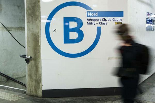Le trafic est paralysé ce lundi matin sur la ligne B du RER.