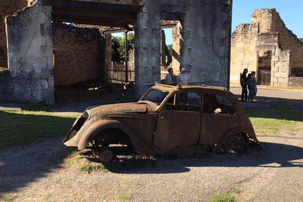 """Oradour-sur-Glane, victime de la division SS """"Das Reich"""" et de la barbarie nazie."""