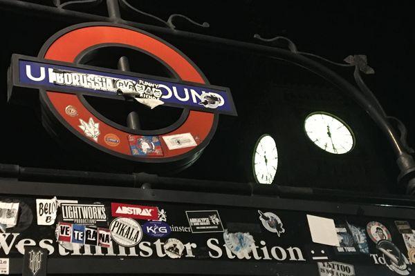 Le métro londonien, ouvert la nuit.