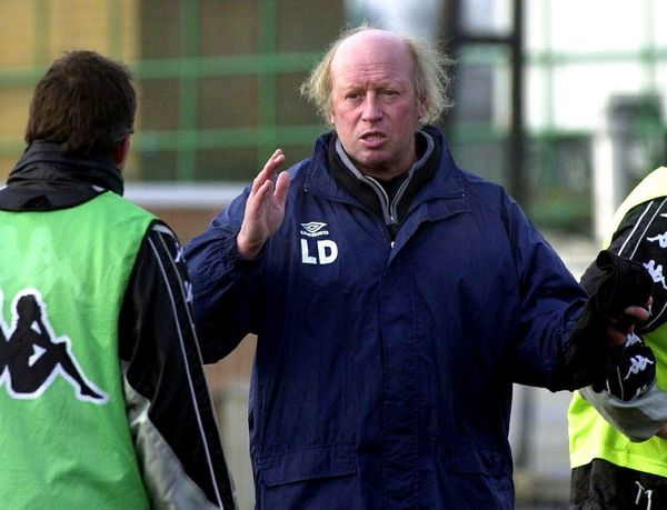 Daniel Leclercq à l'entraînement à La Louvière en 2001.