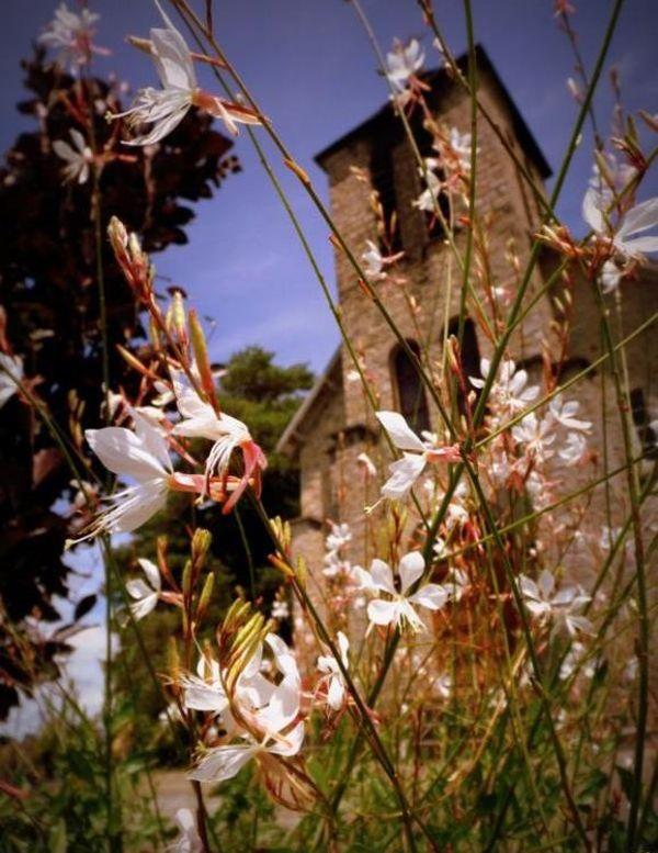 Le village fleuri de St Hilaire les Places