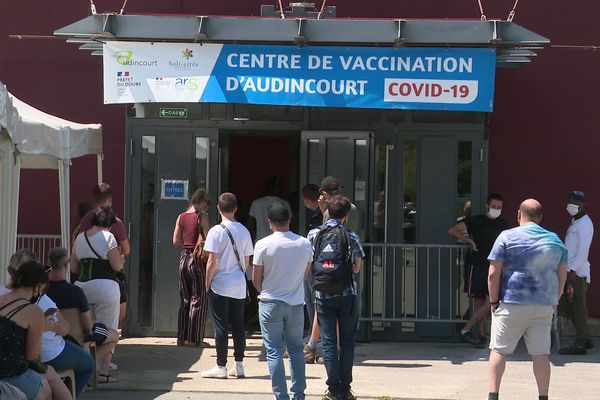 Centre de vaccination d'Audincourt, victime de coupure d'électricité volontaire