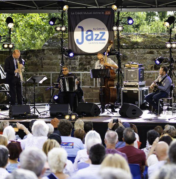 En 2020, le festival au Grès du jazz n'a pas pu se tenir, mais un concert unique avec public assis a pu être organisé à la Petite Pierre
