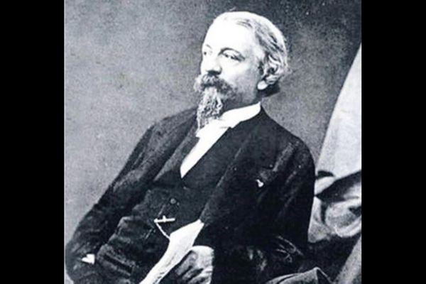 Alexis Godillot né à Besançon en 1816 s'était fait connaitre pour avoir vendu des chaussures aux armées de Napoléon III.
