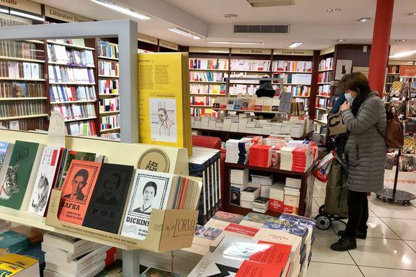 La librairie Grangier à Dijon ne désemplit pas à l'approche de Noël.