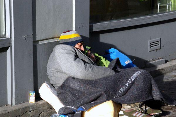 Les préfectures décident de renforcer la vigilance concernant l'hébergement d'urgence avec le grand froid.