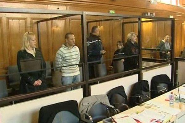 Les trois accusés du meurtre du voisin de Béziers