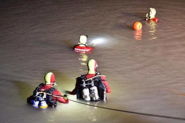 15 sapeurs-pompiers et 5 plongeurs ont été mobilisés pour retrouver le corps d'un automobiliste tombé dans le canal EDF à Manosque