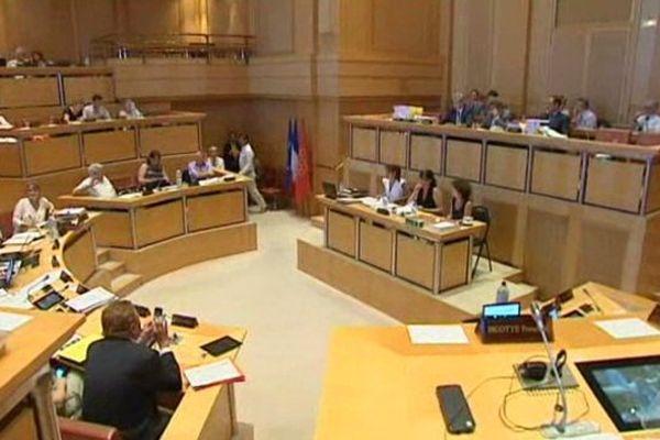 Réunis le 24 juillet, les élus du conseil régional du Languedoc-Roussillon ont voté contre la nomination de Toulouse comme capitale régionale.
