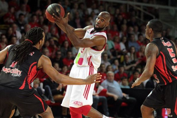 Campbell en action, au cours de la rencontre de basket de Pro A opposant la SIG Strasbourg à Nancy, à Strasbourg, le 28 mai 2014.