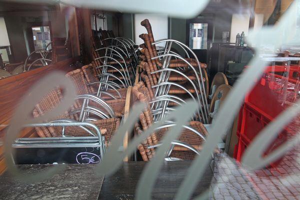 Les restaurants resteront fermé au moins jusqu'au printemps. Photo d'illustration