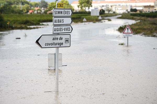 Codognan (Gard) - les routes inondées et coupées - 14 septembre 2021.