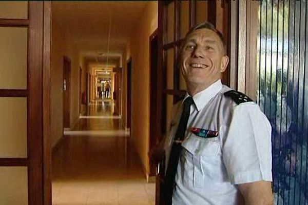 Le Général Alain Giorgis en visite à la BA 102.
