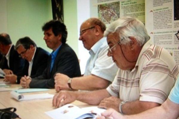 """Des élus défendent le projet de route """"Andros"""" passant par le Lot, Cressensac, 17 juin 2013"""