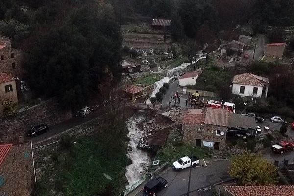 De nombreuses de Corse-du-Sud sont actuellement inondées, comme ici, Ocana.