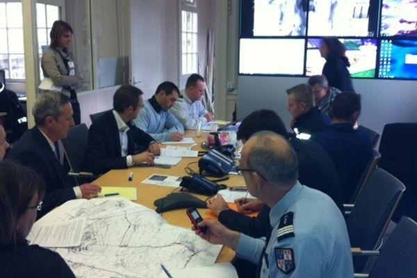 Une cellule de crise a été mise en place à la Préfecture de Région à Amiens