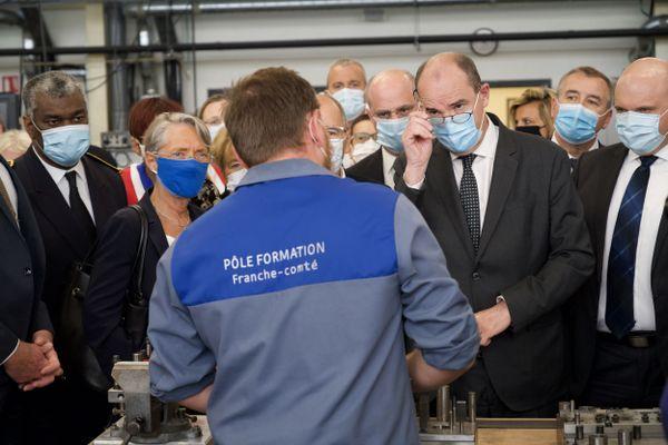 Jean Castex, Jean-Michel Blanquer, Elisabeth Borne en visite au CFAI de Besançon, un centre de formation des apprentis.