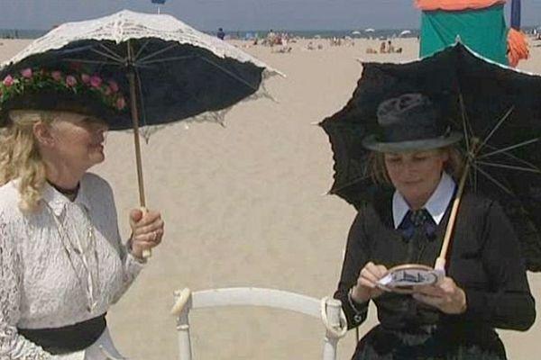 """Les tableaux impressionnistes """"vivants"""" sur la plage de Deauville, 10 juillet 2013"""