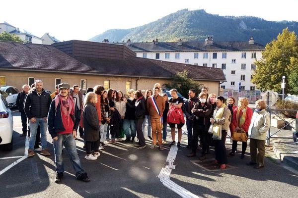 Mende - Rassemblement de soutien contre l'expulsion de Lesly Moussavou - 11 octobre 2021.