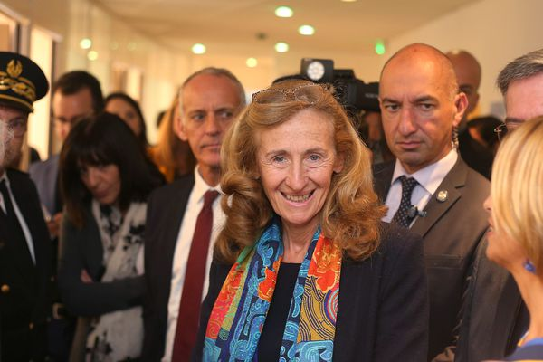 Nicole Belloubet, lors de son déplacement sur la Côte d'Azur