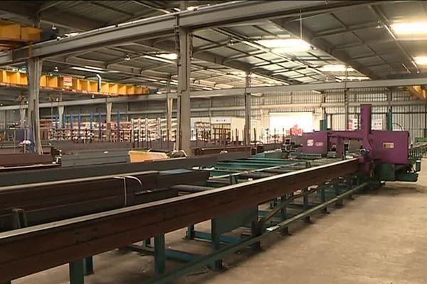 Conséquence du blocage des gilets jaunes, des entreprises de la zone industrielle de Saint Cézaire sont à l'arrêt.