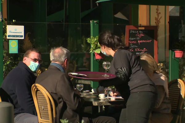 Les clients sont retour dans les restaurants de Marseille ce lundi.