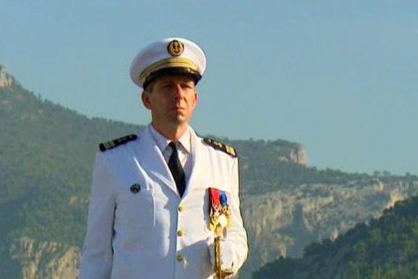 Le Capitaine de Vaisseau Eric Malbrunot nouveau commandant du Charles de Gaulle.