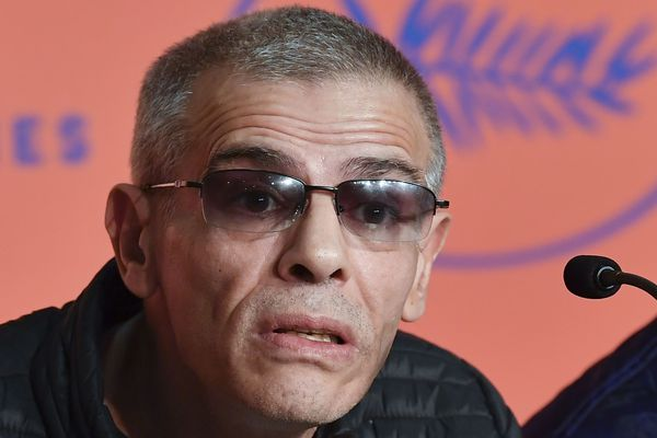 """Abdellatif Kechiche au festival de Cannes 2019 pour son film en coméptition officielle """"Intermezzo""""."""
