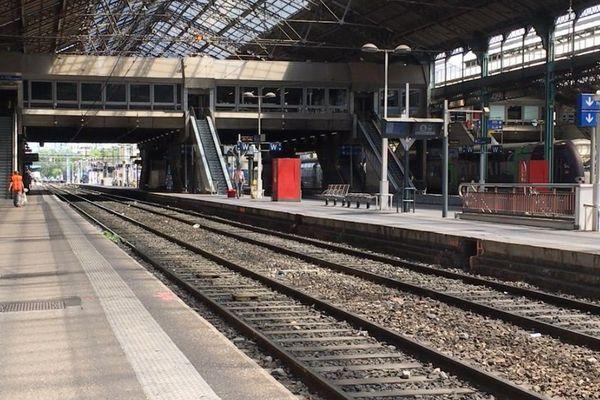Quai A de la gare Lyon-Perrache.