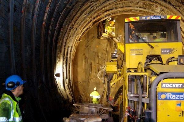 Percement d'un tunnel
