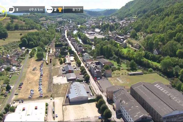 Lorsque le peloton est passé par Bort-les-Orgues en Corrèze, les banderoles des salariés de Borgwarner étaient visibles à la télé.