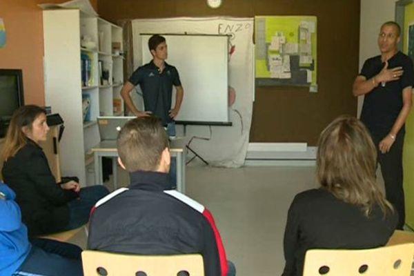 Une rencontre entre les jeunes et des handicapés au centre éducatif fermé de Nîmes - 5 octobre 2015