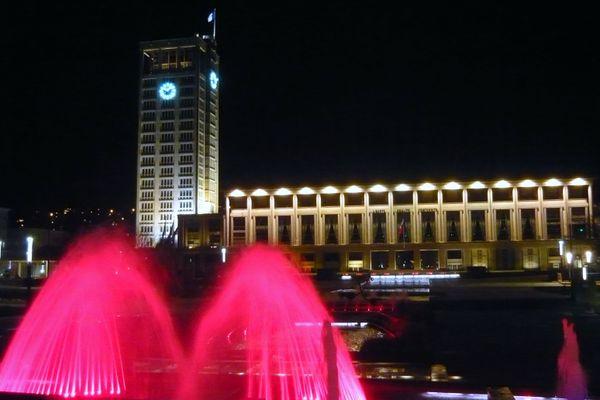 Les fontaines de l'hôtel de ville vont changer de couleur pour devenir orange à l'occasion de ces journées contre les violences faites aux femmes