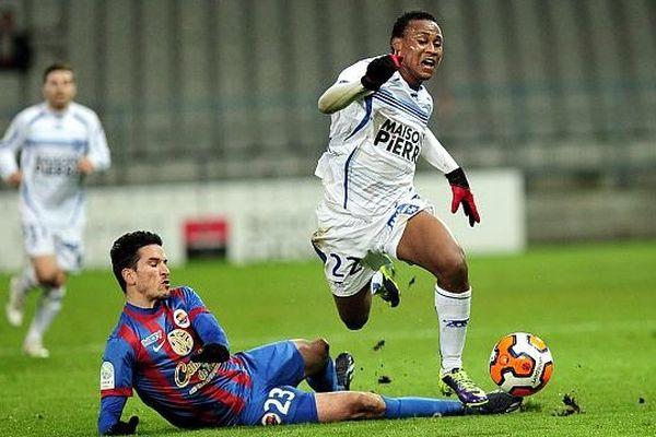 Auxerre bat Caen, ligue 2, 25 novembre 2013