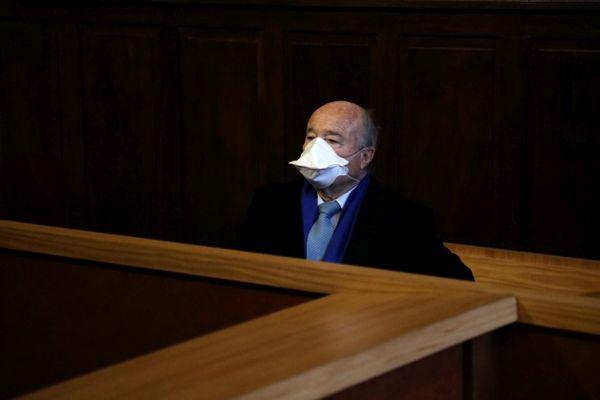 Jacques Bompard à son procès à la cour d'appel de Nîmes le 28 janvier 2021.