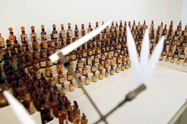 Un orgue à parfums. Image d'illustration.