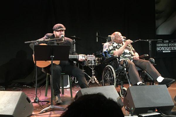 Monsieur Ya et Luc Davis sont monté sur scène pour Les Rendez Vous Soniques a Saint-Lô.