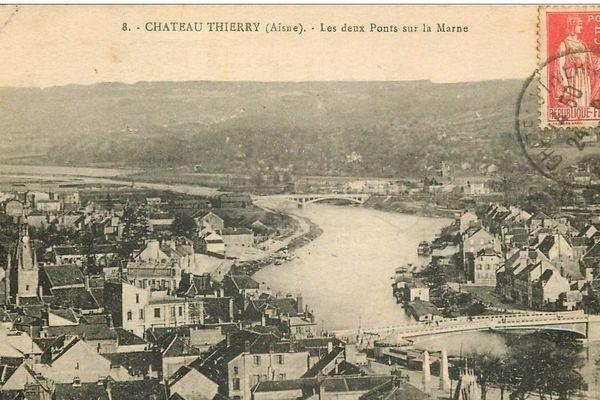 Alors que les Allemands progressent vers le sud et que l'armée française est en grande difficulté, les ponts de la Marne à Château-Thierry sont des points stratégiques à défendre.