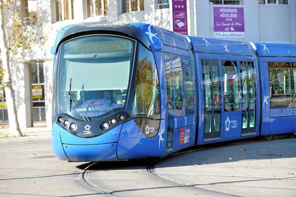 Les trajets sur les tramways et les bus du réseau TaM doivent, à terme, devenir gratuits pour les résidents de la métropole de Montpellier.