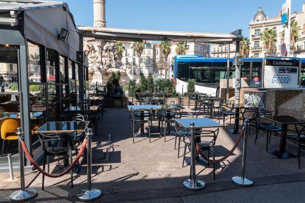 Covid : les restaurants restent désespérément fermés à Marseille