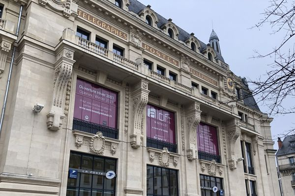 Le bureau de Poste principal Grangier, un bâtiment incontournable en centre-ville