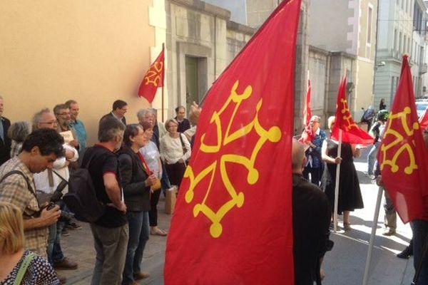 Les défenseurs de l'occitan manifestent dans les rues de Carcassonne - 29 mai 2015
