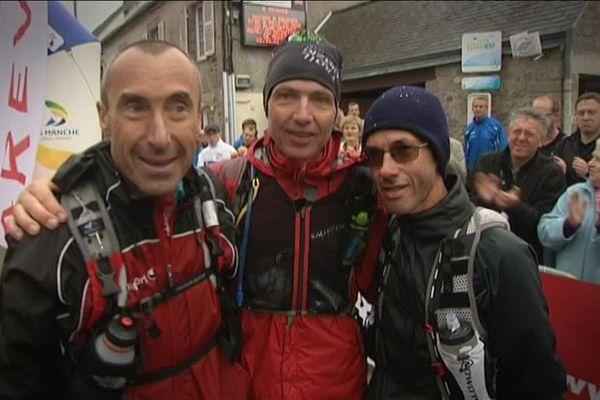 Lionel Rivoire (à gauche) à son arrivée du trail de l'Archange