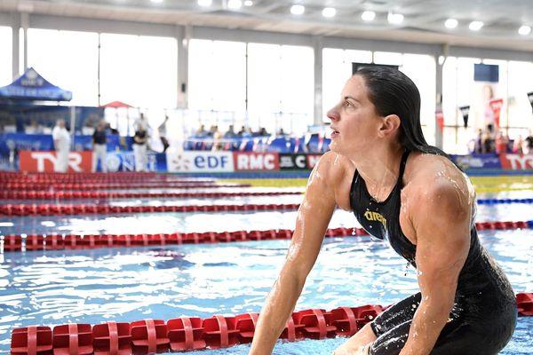 Charlotte Bonnet a remporté la première place lors de la finale A du 200 mètres nage libre dames le 8 février.