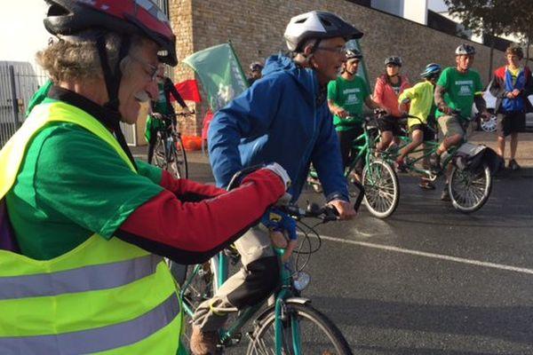 Le Tour Alternatiba au départ de Poitiers ce lundi matin.