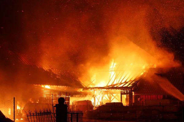 Les pompiers sont arrivés vers 3h45 du matin.
