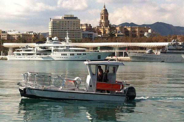 C'est un Waste Cleaner identique à ce modèle que l'on apercevra bientôt dans les eaux de Corse